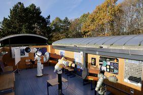 Bei ausgewählten astronomischen Ereignissen können darüber hinaus interessierte Düsseldorferinnen und Düsseldorfer die Sternwarte besuchen; Foto: Lammert