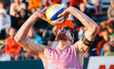 Symbolbild Beach-Volleyball; Foto: www.die-techniker-beach-tour.de